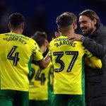 Norwich City manager Daniel Farke with his players. (Getty Images)