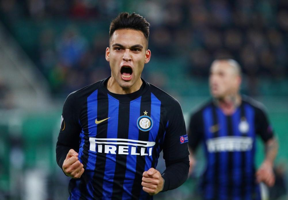 Inter Milan striker Lautaro Martinez celebrates after scoring. (Getty Images)