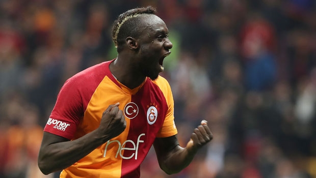 Mbaye Diagne celebrates after scoring for Galatasaray (Getty Images)