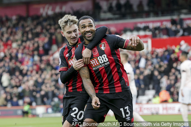 Bournemouth's Callum Wilson celebrates with David Brooks after scoring. (Getty Images)