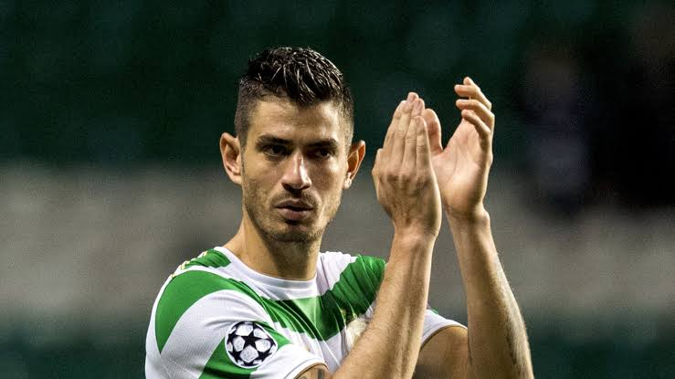 Celtic defensive midfielder Nir Bitton has mostly played as a centre-back for the side in recent times.