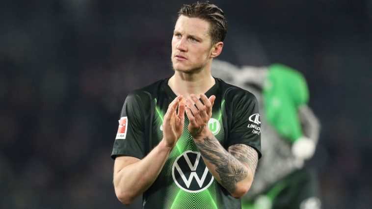 Wout Weghorst of VfL Wolfsburg reacts after the Bundesliga match between VfL Wolfsburg and FC Schalke 04 at Volkswagen Arena on December 18, 2019 in Wolfsburg, Germany. (Getty Images)