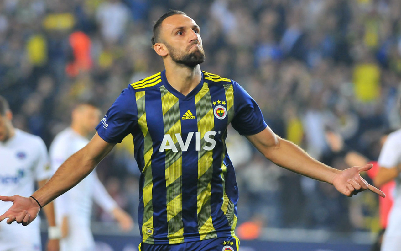 Vedat Muriqi of Fenerbahce celebrates after scoring a goal (Getty Images)
