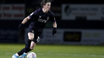 Conor Gallagher of Charlton Athletic runs with the ball during the Sky Bet Championship match between Luton Town and Charlton Athletic at Kenilworth Road. (Getty Images)