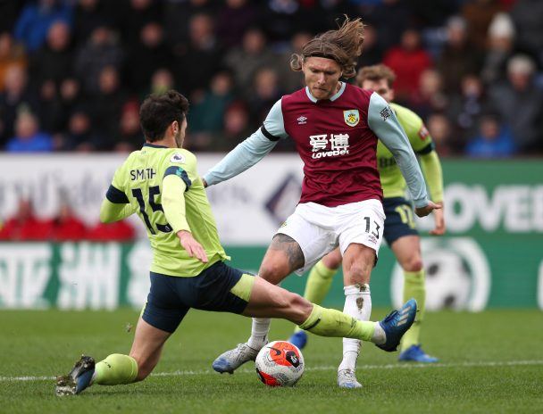 Jeff Hendrick in action for Burnley (Getty Images)
