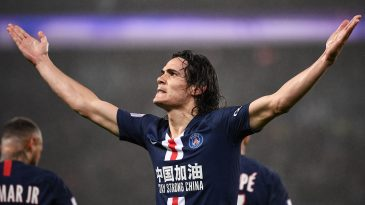 Edinson Cavani reacts after scoring a goal against Bordeaux (Getty Images)