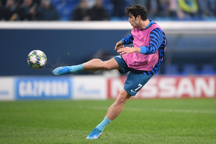 Zenit St. Petersburg's Iranian forward Sardar Azmoun warms up prior to the UEFA Champions League match against Lyon on November 27, 2019.
