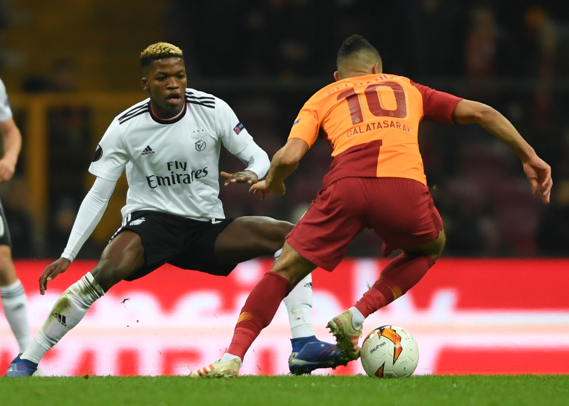 Florentino Luis (L) in action against Galatasary (Getty Images)
