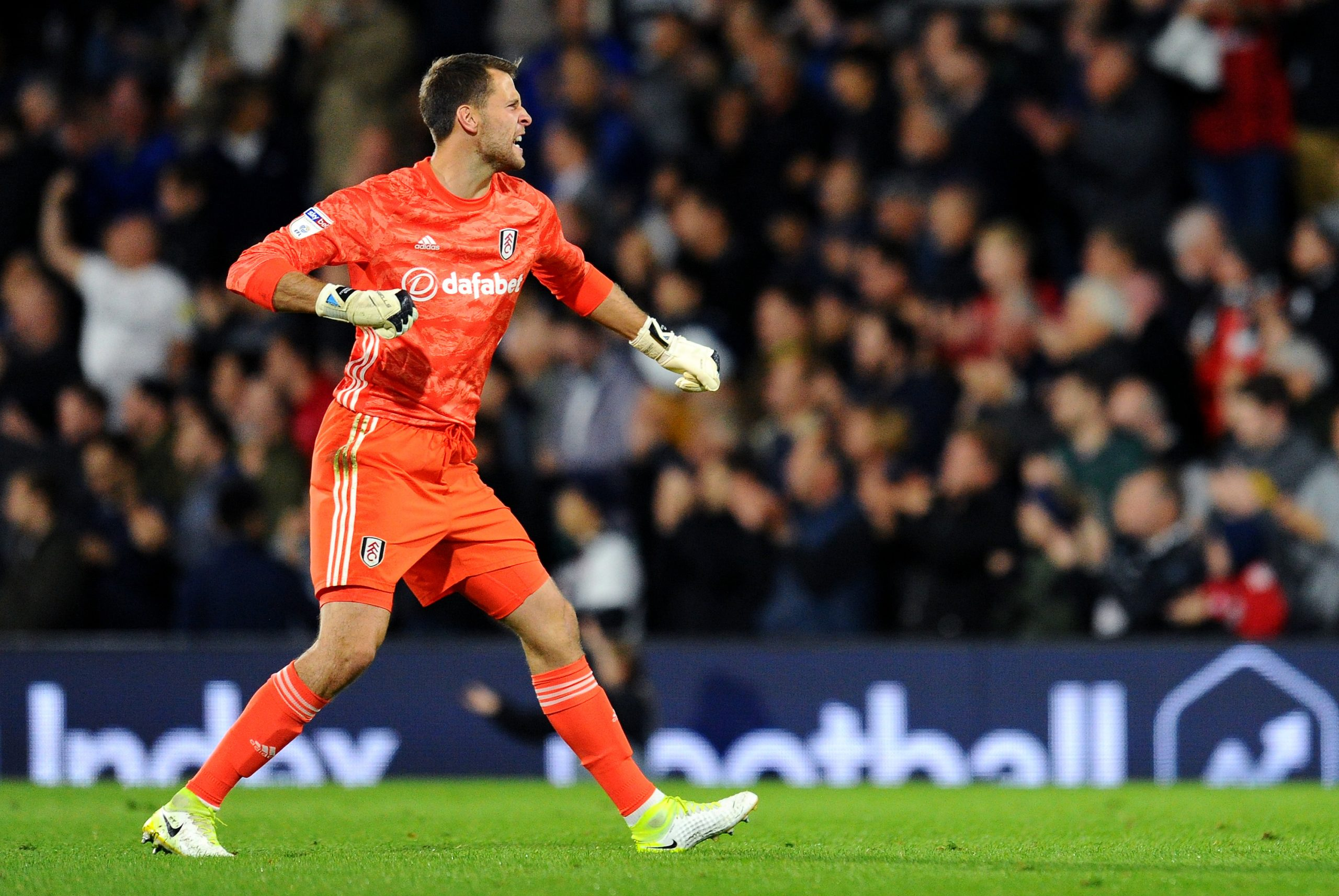 Marcus Bettinelli in action against Wigan Athletic (Getty Images)