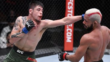 Brandon Moreno and Deiveson Figueiredo put on a show at UFC 256