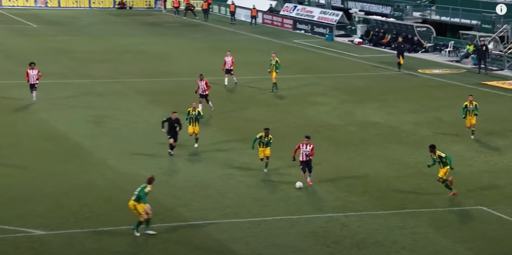 Donya Malen scoring after making a run down the left wing against ADO Den Haag in the Eredivisie this season. (PSV)